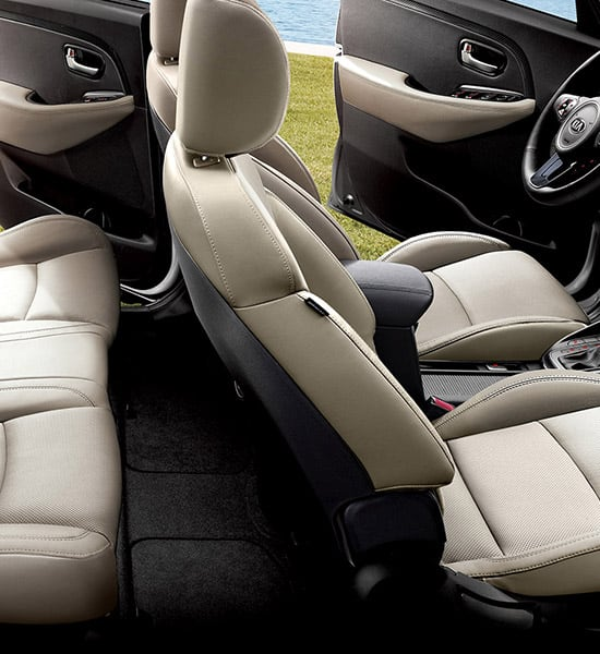 kia-carens-rondo-pe-wide-b-interior-02-w