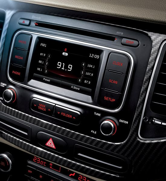 kia-carens-rondo-pe-wide-b-interior-07-w