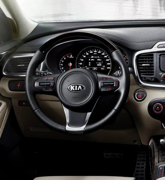 kia-new-sorento-wide-b-interior-01-w