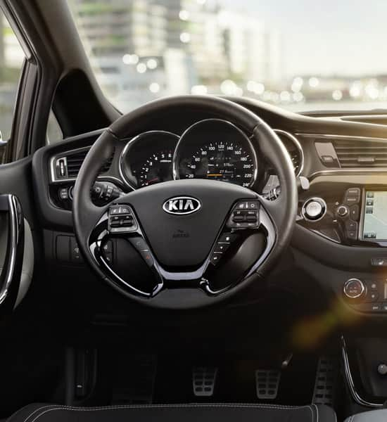 kia-proceed-wide-b-interior-01-2-w