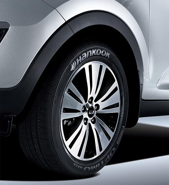 WHEEL ARCH AND SIDE SILL MOULDING