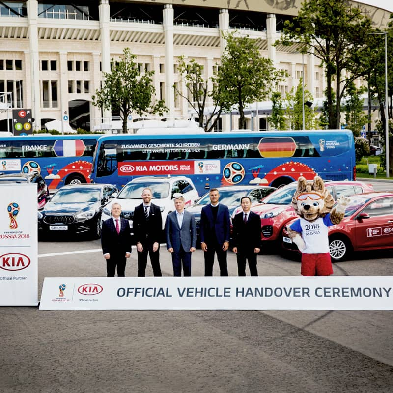 kia-gears-up-for-2018-fifa-world-cup-russia-with-vehicle-handover-brings-the-tournament-to-more-football-fans