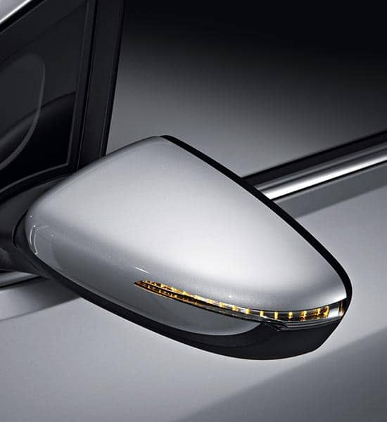 Wing mirrors with led side repeaters