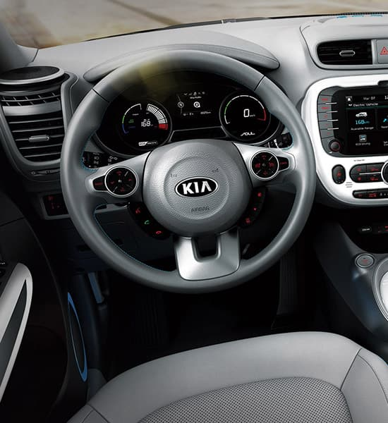 kia-soul-ev-17my-wide-b-interior-01-w