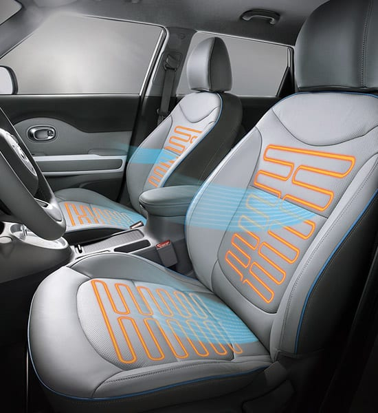 kia-soul-ev-17my-wide-b-interior-04-w