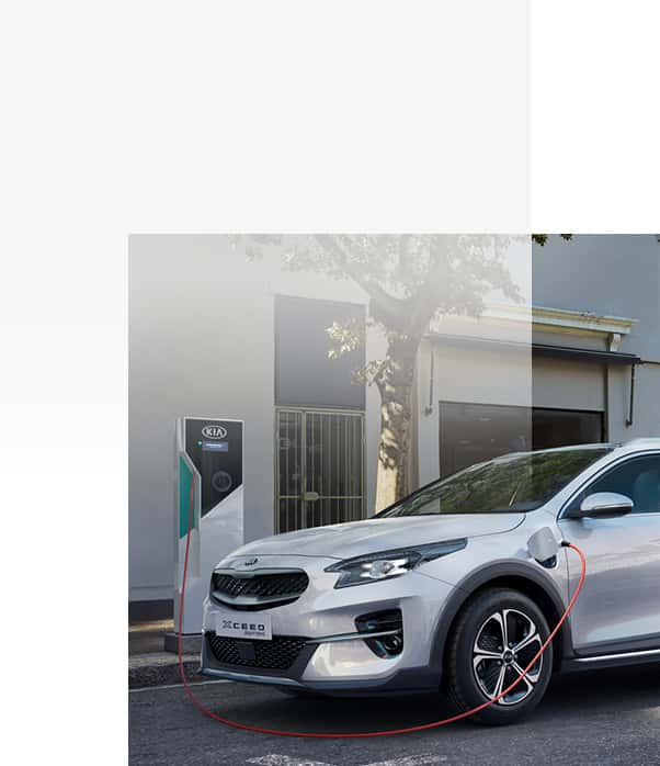 Kia XCeed Plug-in Hybrid an der Ladestation