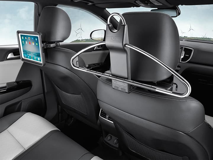 Business suit hanger & Rear seat entertainment cradle for iPad®