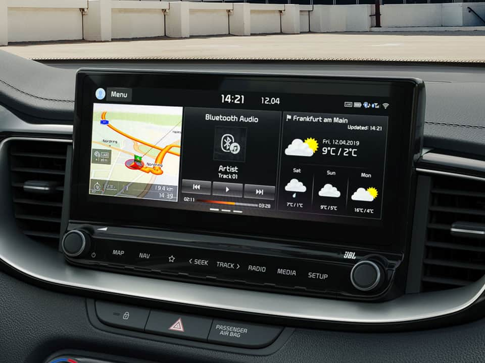 Kia Ceed GT touchscreen navigation