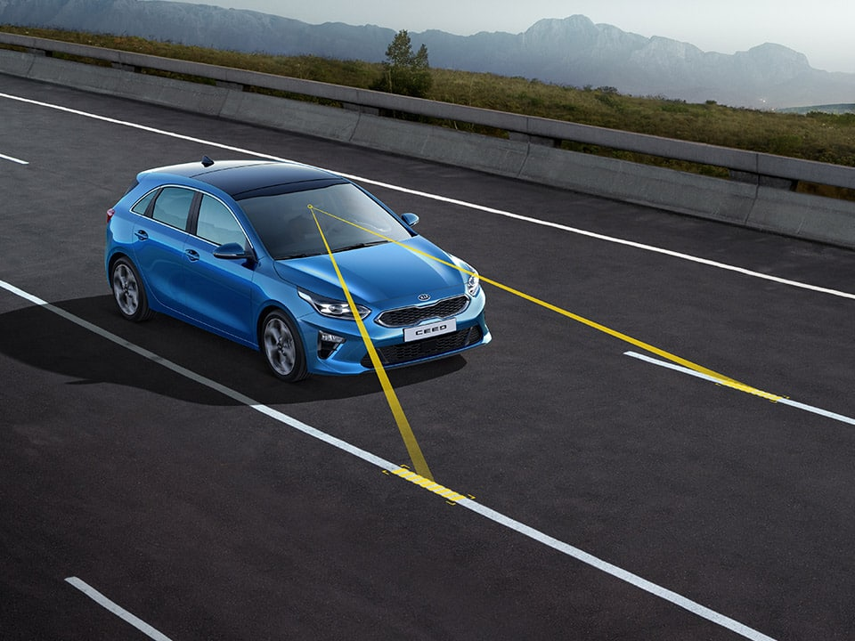 Kia Ceed GT – Lane Keeping Assist