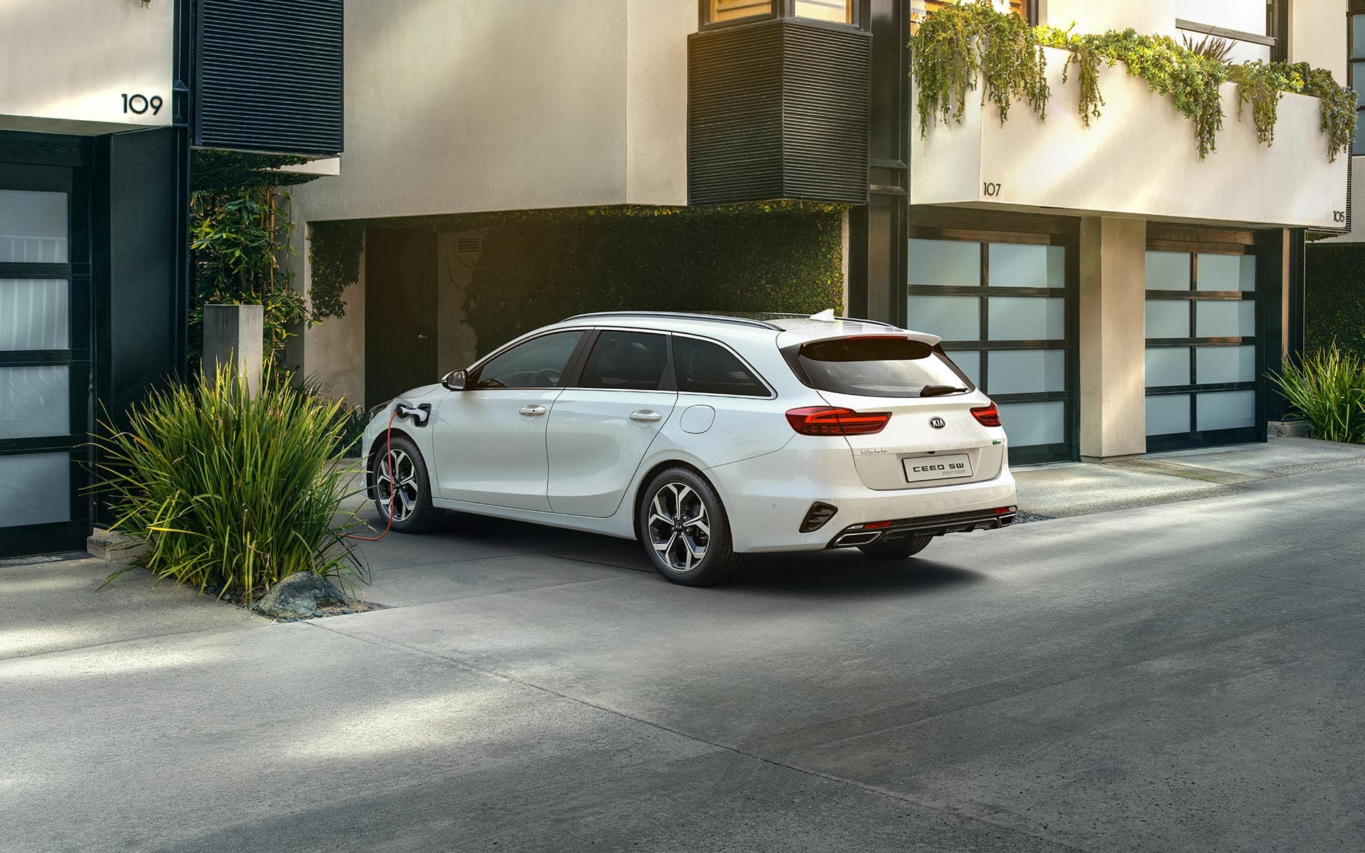 kia ceed sportswagon plug-in hybrid – laden