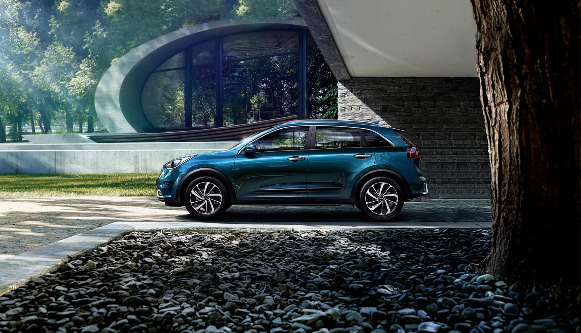 New Kia Niro versatile efficient hybrid crossover
