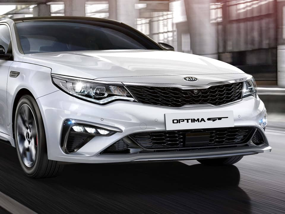 Kia Optima GT features