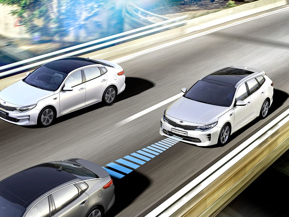 Le système Advanced Smart Cruise Control de la Kia Optima Sportswagon GT