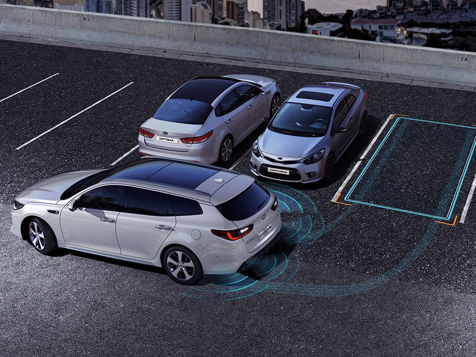 Kia Optima Sportswagon Plug-in Hybrid smart parking assist system