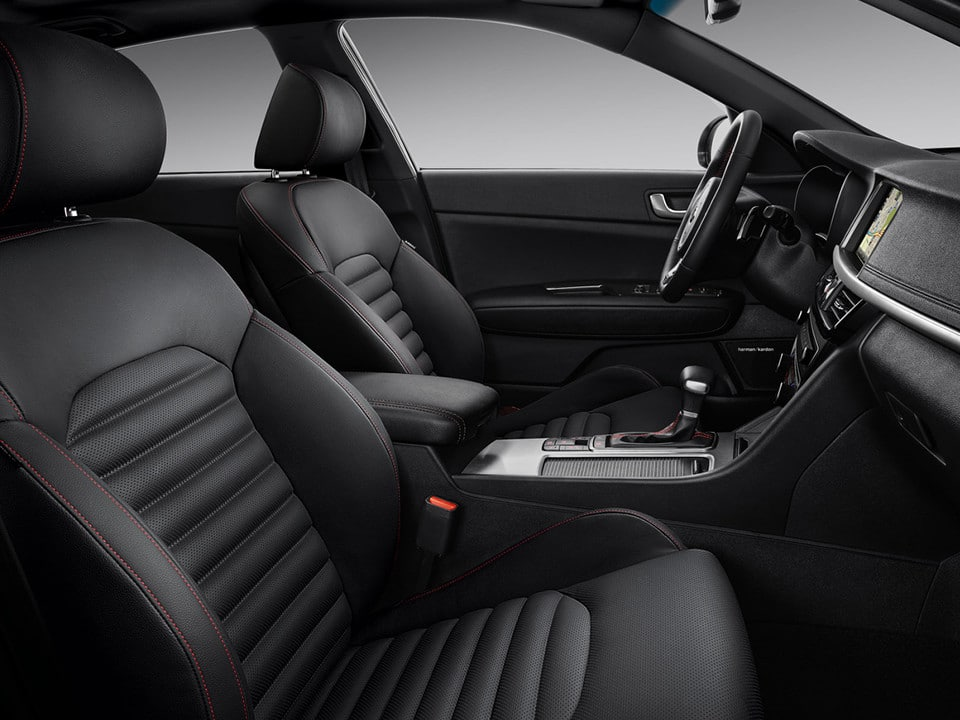 Kia Optima GT Line destacada interior