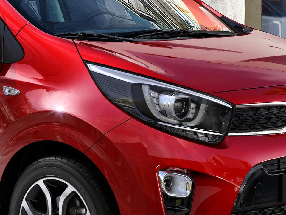 Kia Picanto bi-projection headlamps with LED daytime running lights
