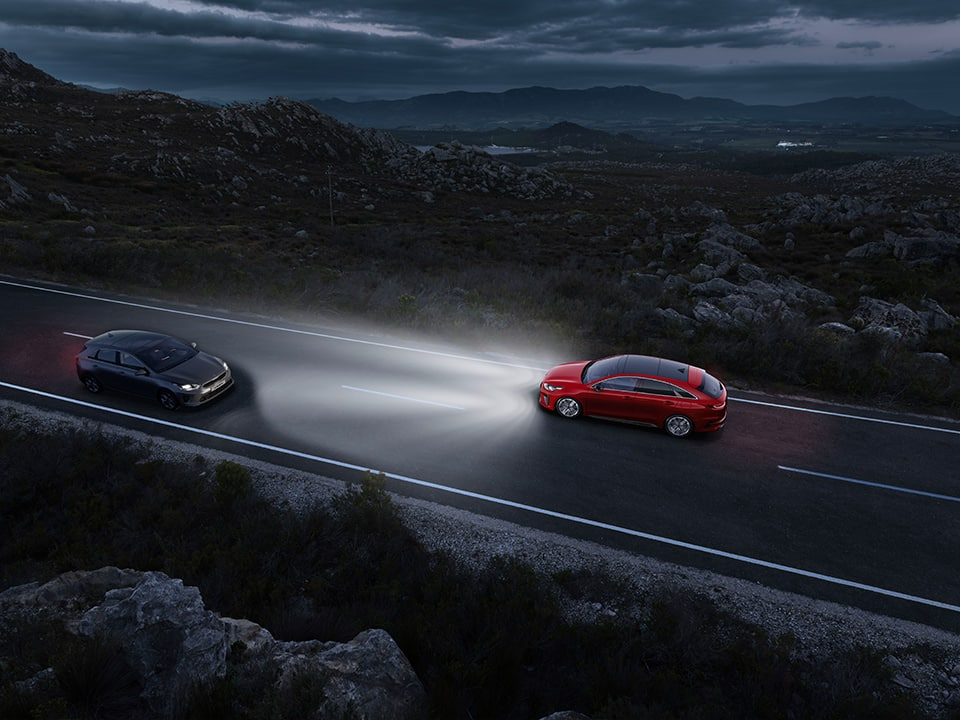 Kia ProCeed – High Beam Assist