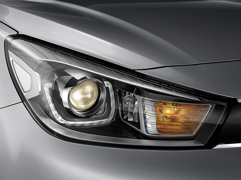 Kia Rio bi-projection LED headlamps