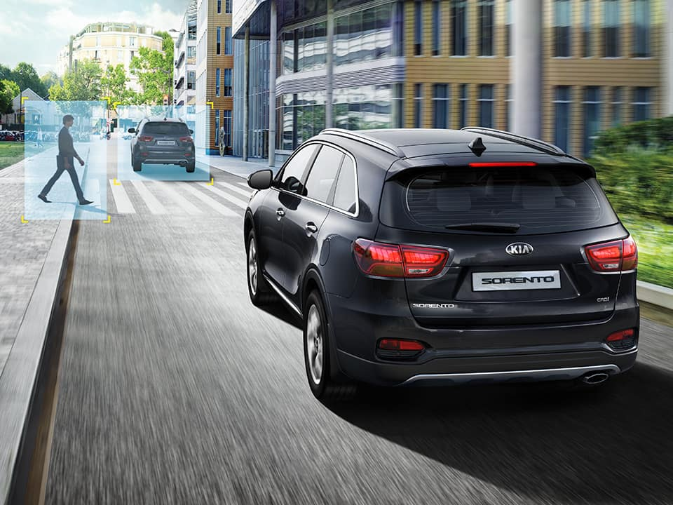 Kia Sorento forward collision avoidance assist