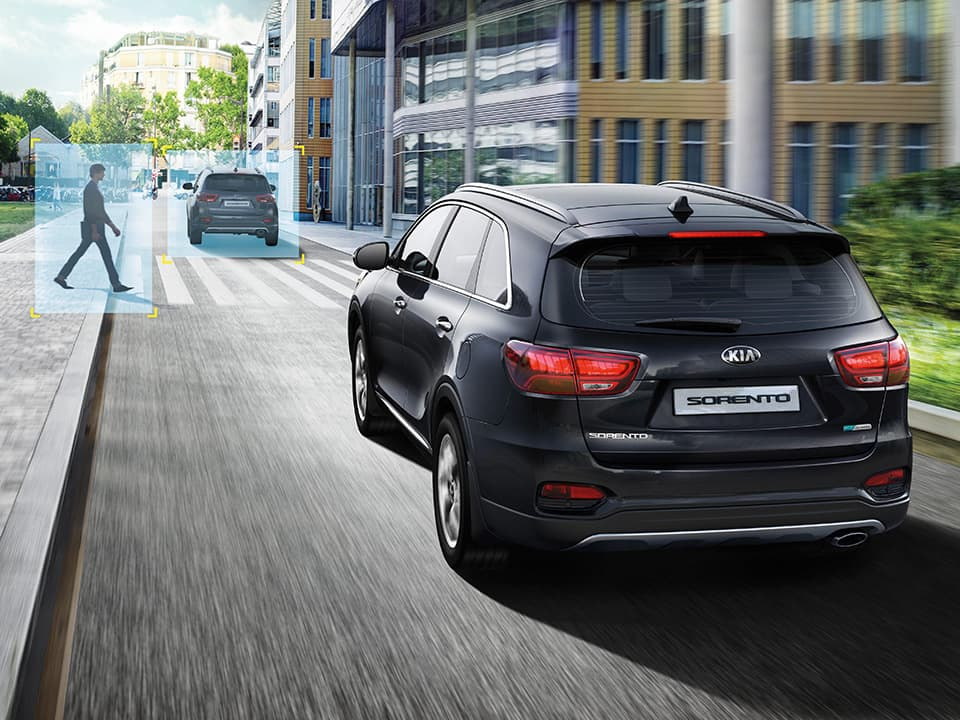Kia Sorento – Forward Collision Avoidance Assist