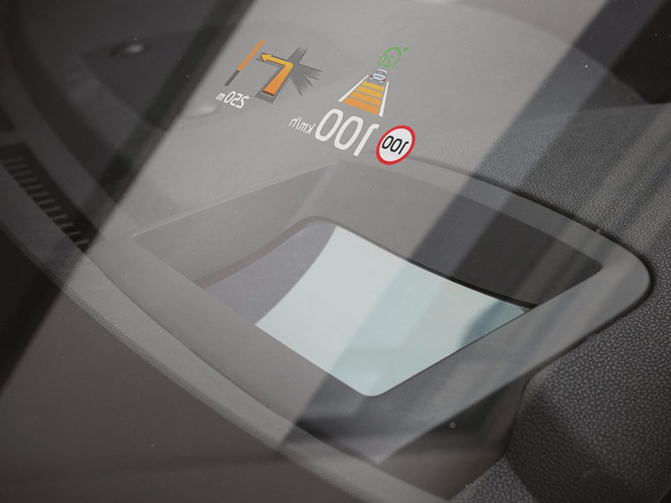 Kia Sorento - Head-Up Display