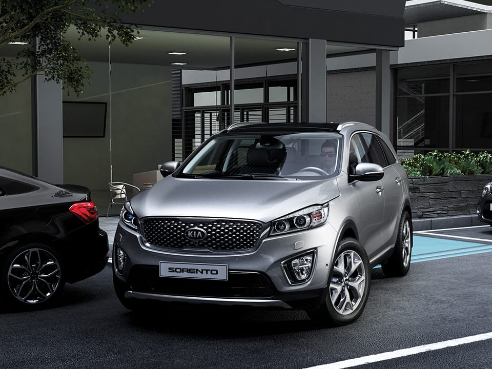 Kia Sorento met Smart Parking Assist System en Around View Camera
