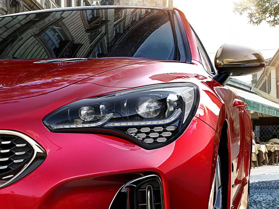 Kia Stinger – LED-ajovalot
