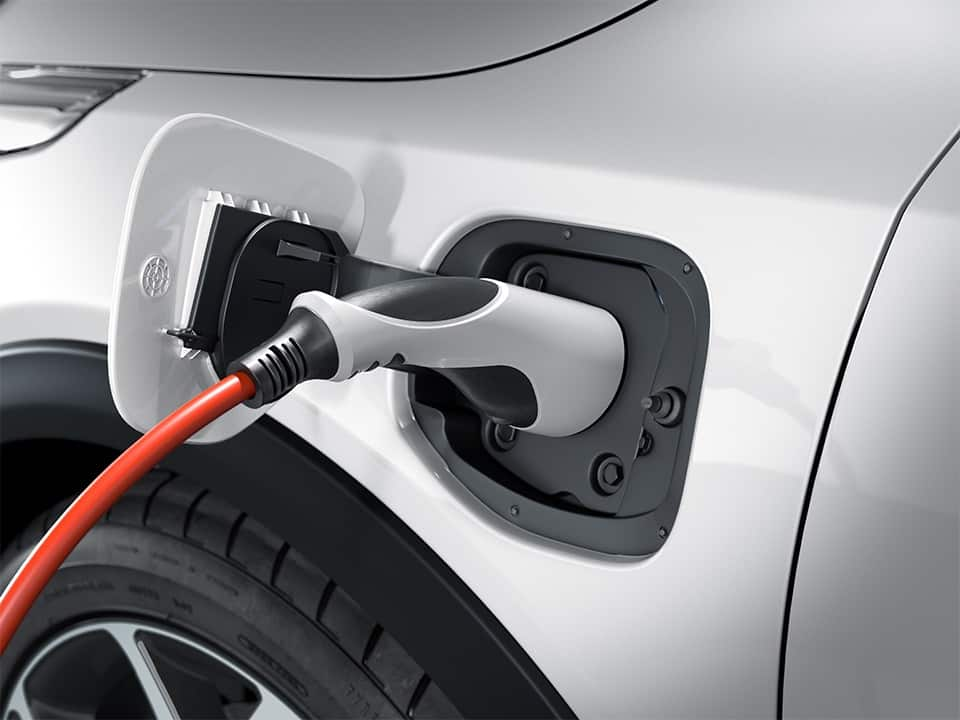 kia xceed plug-in hybrid plugged in