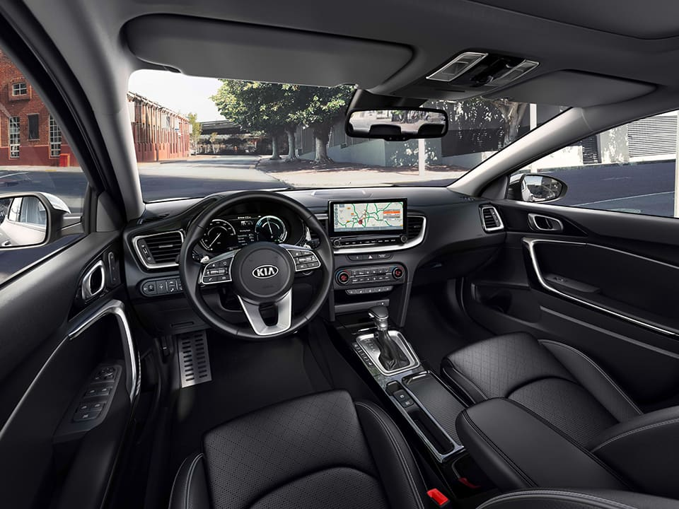 kia xceed plug-in hybrid cabin