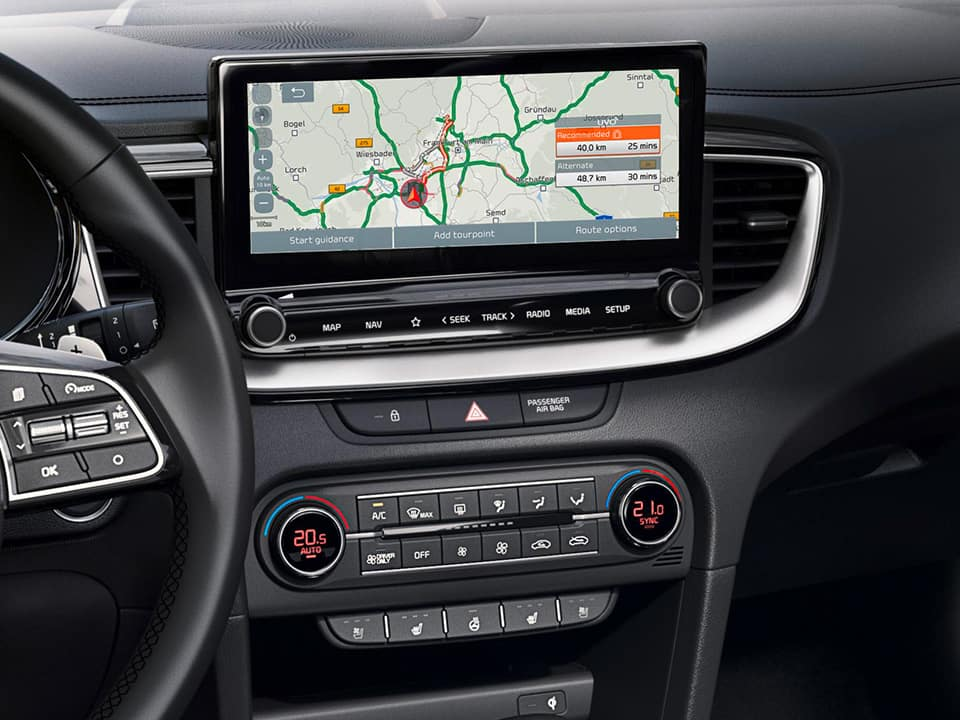 "kia xceed plug-in hybrid 10.25"" navigation touchscreen"