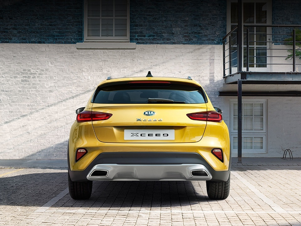 KIA XCeed crossover coupé bagfra