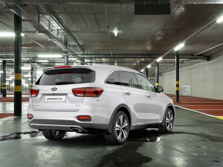 Sorento Commercial Rear