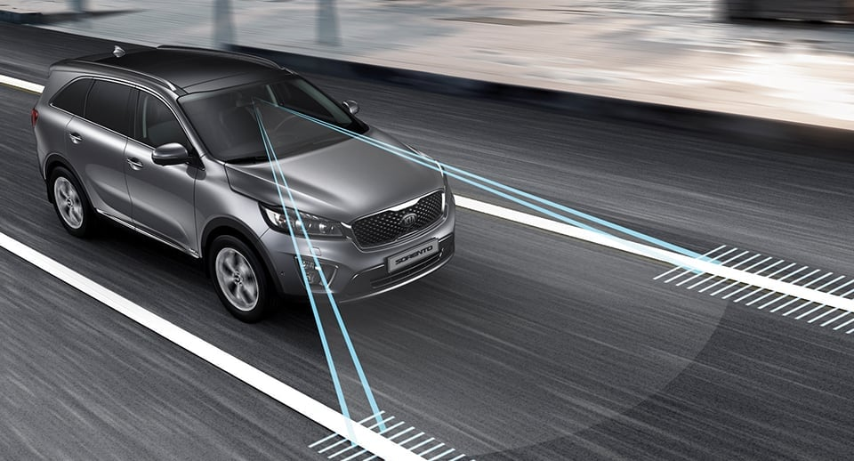 Kia Sorento scanners detecting lane edges