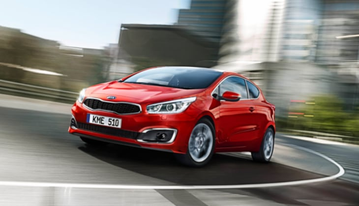 Kia Cee'd handling a tight city corner