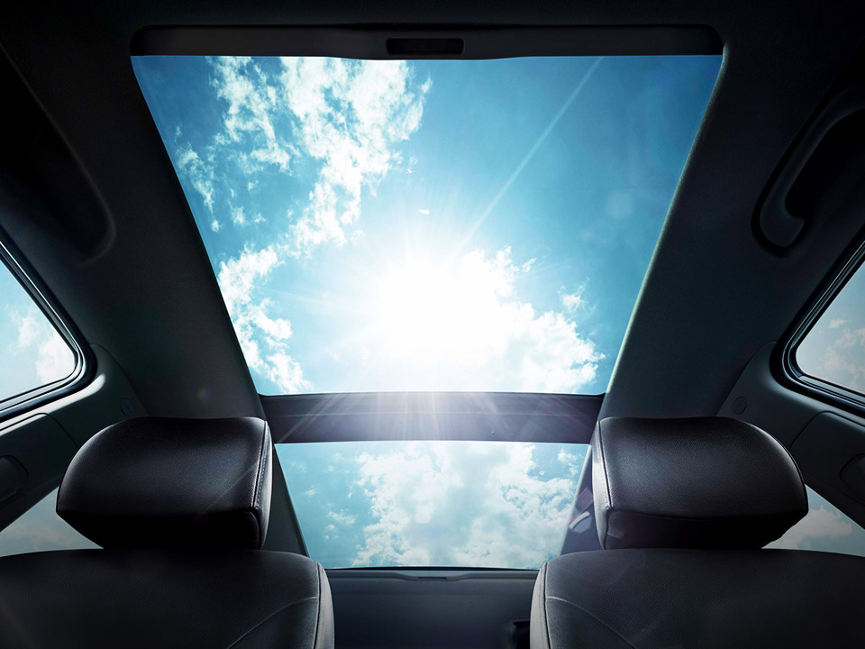 Kia Venga panoramic sunroof