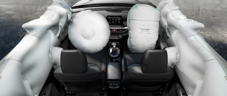 Advanced airbags in the 2019 Kia Forte compact car