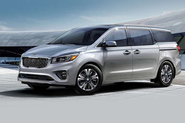 2021 Kia Sedona Silver Exterior Three-Quarter View