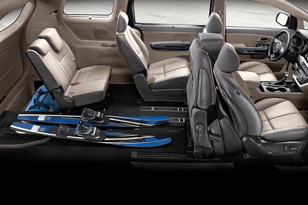 2021 Kia Sedona 60/40 Split Folding 3rd-Row Seats