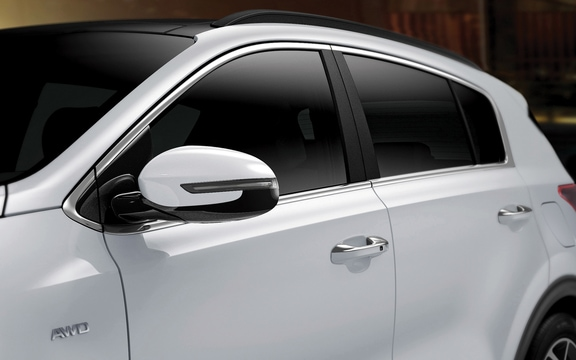 Body-color door handles on the 2019 Kia Sportage